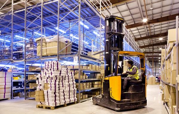 Walmart to Invest in Logistics